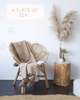 A Place of Zen..  When Mom is in to Balinese interior life gets a little easier.. ✨ www.Soranthe.nl  #Interior #Bohemian #Pampasgrass #Flowerchair #Soranthe #Benio_nl