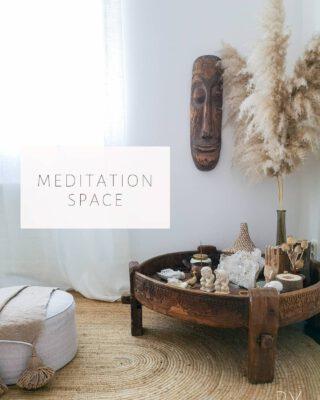 My little Sanctuary.. 🙏  #Peace #Chakkitable #AfricanArt #Pampasgrass #Meditation