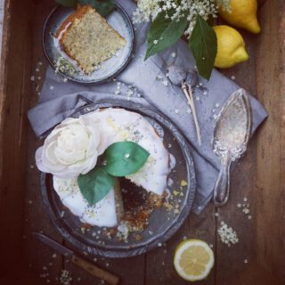 #Elderflower #Cake with #Lemon 🍋 & #Poppyseeds 🎂  #Vegan #Organic #Superfoods #Glutenfree #Sugarfree #Protein #Foodie #Healthy #EatClean #Fit #Fitness #Foodporn #Foodart #like4like #shoutout #instagood #instamood #picoftheday #igers #instadaily #kokenmetekoplaza
