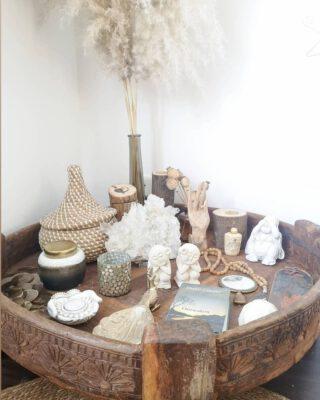 My little #Sanctuary.. 🙏  #Altar #Chakkitable